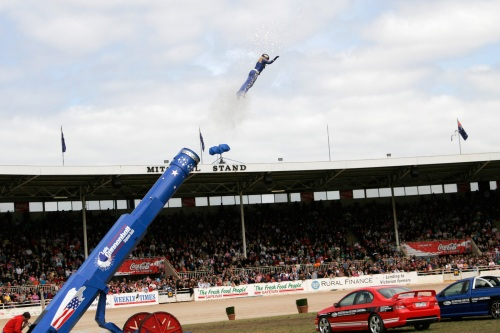 Human_cannonball03_-_melbourne_show_2005